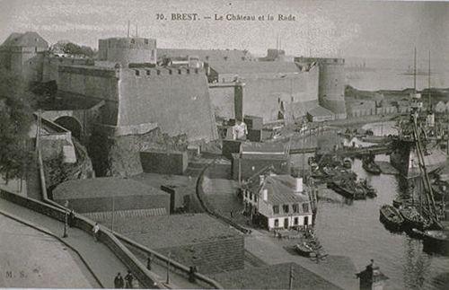 Brest a été élevée au rang de ville par Henri 4 en 1593