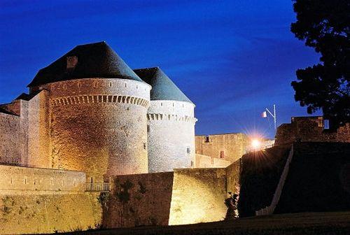 Abrité dans l'enceinte du château de Brest, le musée national de la Marine