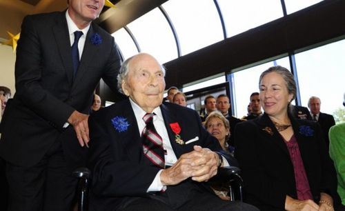 Le dernier soldat américain de 14-18 honoré par la France à 107 ans